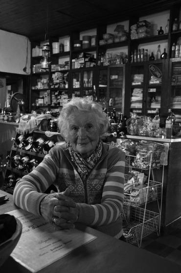 grandmother-952031_960_720